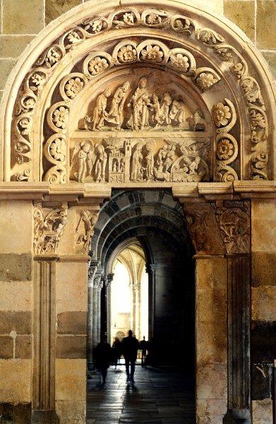 Базилика Сент Мадлен внесена в список Всемирного наследия
