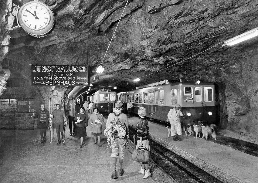 Юнгфрау в 1955 году