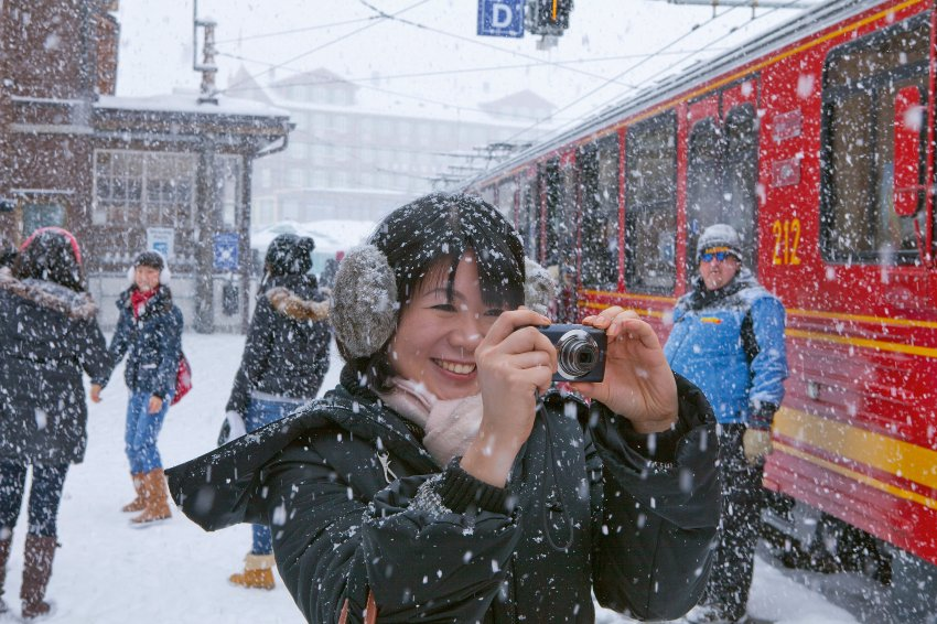 Японские туристы на станции Kleine Scheidegg