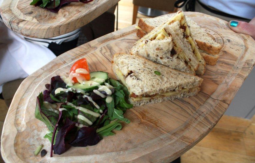 Британский сэндвич