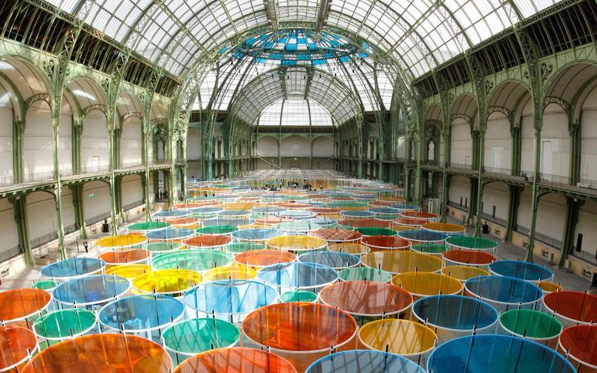 Сказочный лес из стекла в Париже