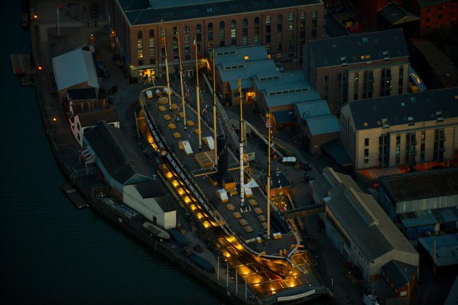 Исторический корабль 1843 года, находящийся в сухом доке Бристоля