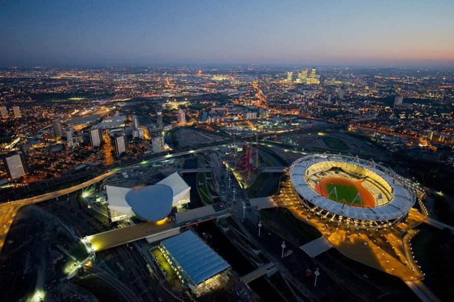 Олимпийский парк с Водным центром, Arena для водного поло и Олимпийский стадион