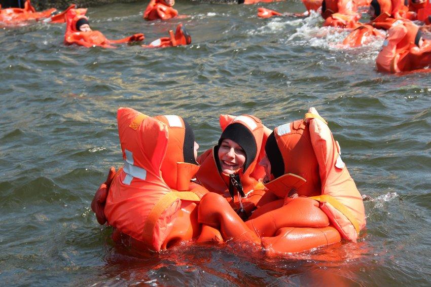 Тренировки на выживание для начинающих мореплавателей