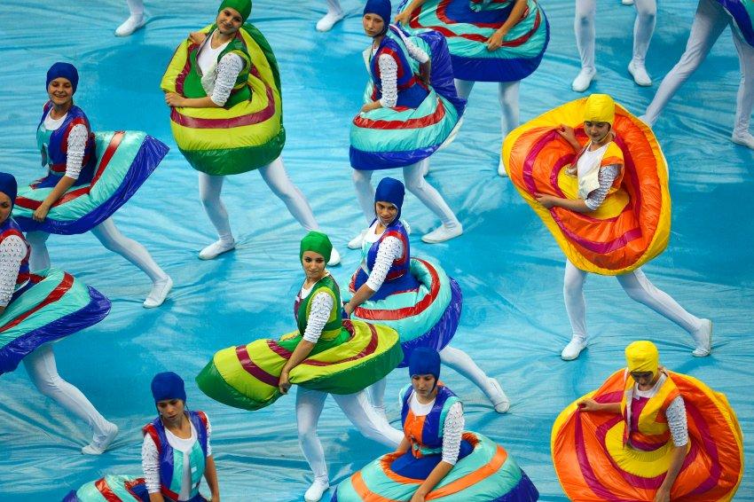 Выступление танцевальных коллективов
