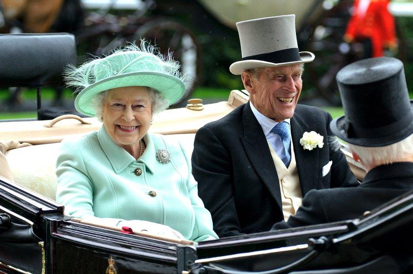 Королева Елизавета II  и её муж принц Филип