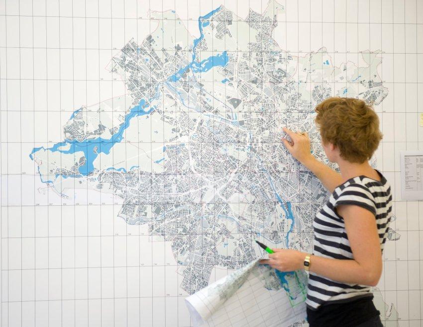 Подготовка к изготовлению юбилейной карты города