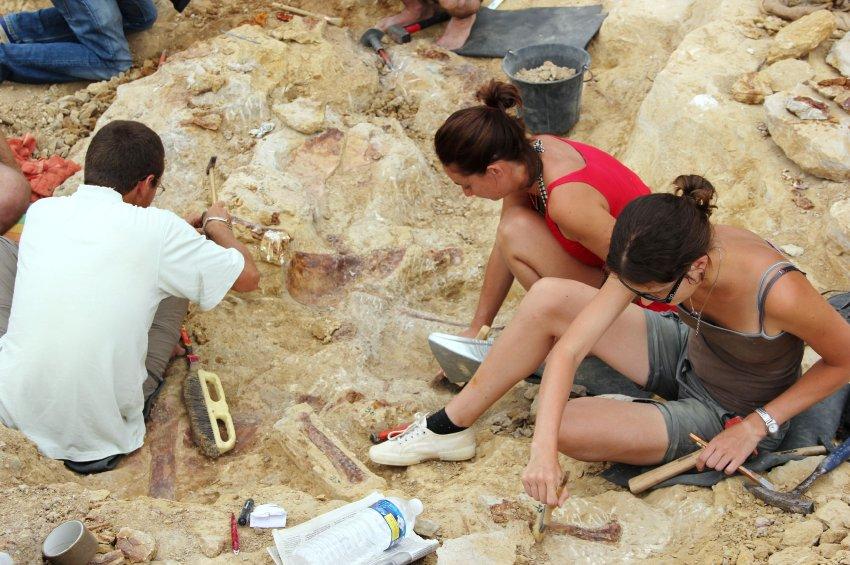 Раскопки в Вело