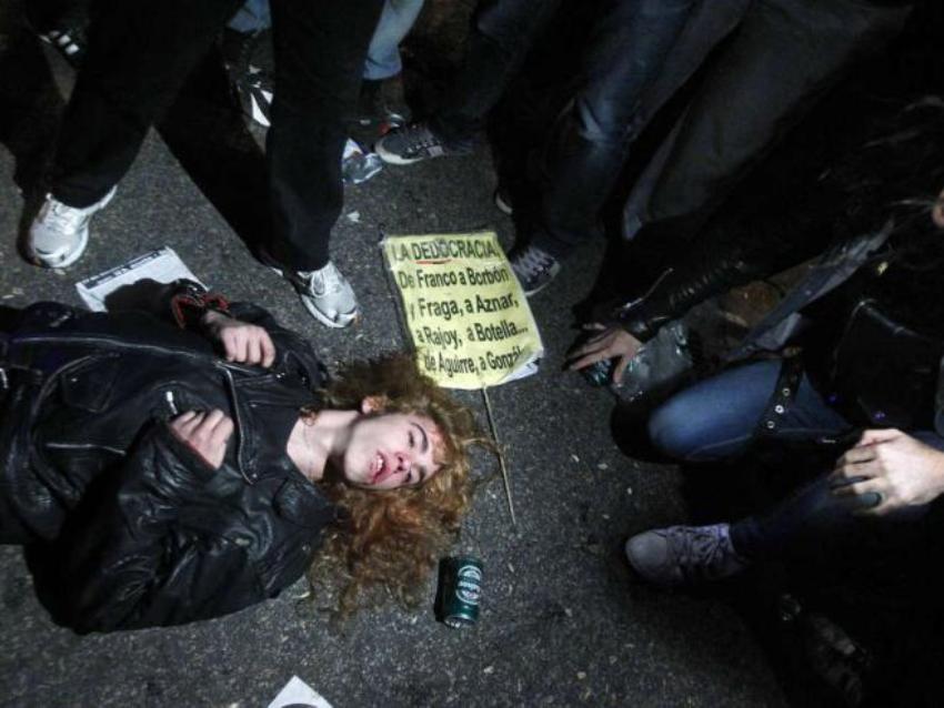 Испанцы протестуют