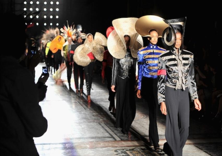 Модные шляпы от Филипа Трейси