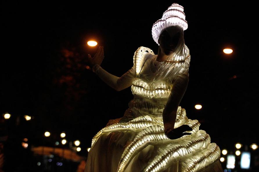 Во время болгарского фестиваля Luxlumina в центре Софии, 22 сентября 2012, фото Reuters/Stoyan Nenov