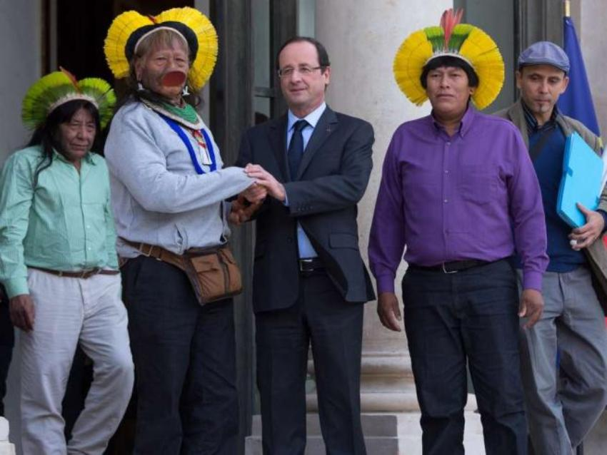 Раони Метуктире и Франсуа Олланд