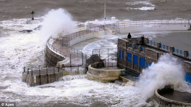 Результаты проливных дождей в Великобритании