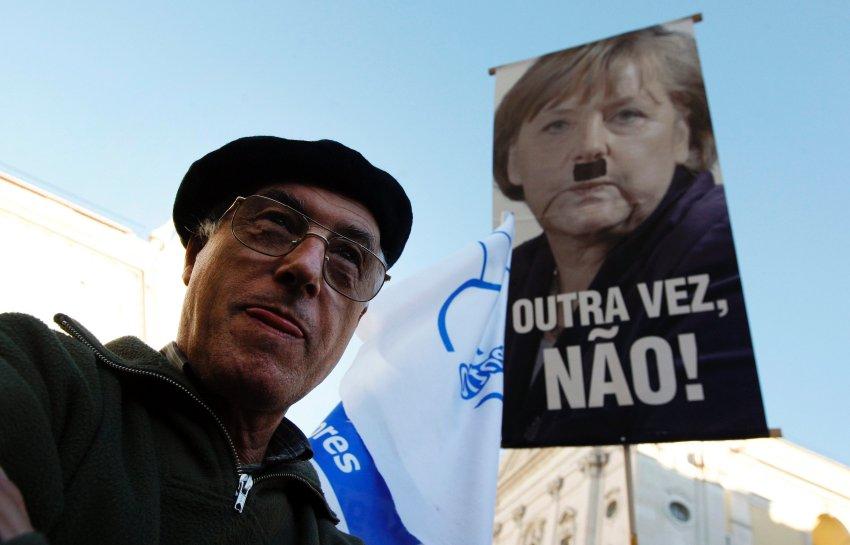 Простые португальцы Меркель не любят