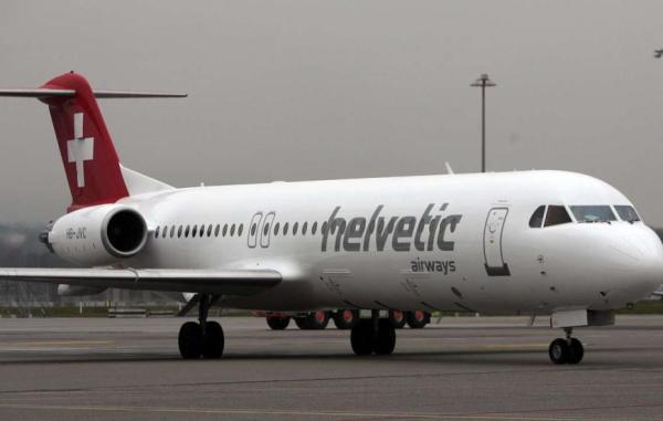 Cамолет авиакомпании Helvetic Airways