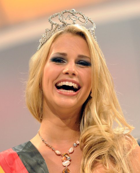 Каролина Нёдинг - Мисс Германия 2013
