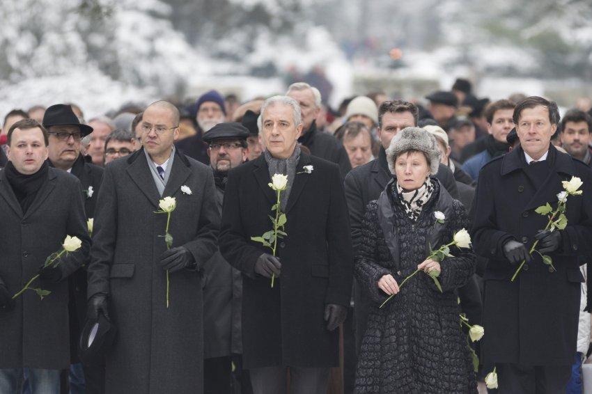 Дрезден вспоминает жертв бомбардировки