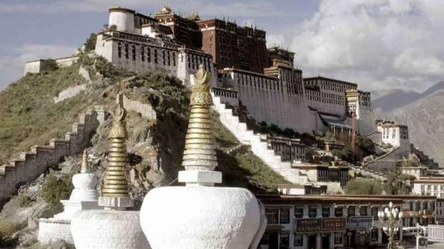 Дворец Потала в г. Лхаса, Тибет