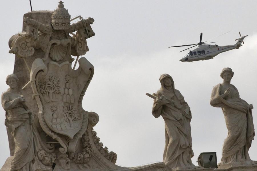 Франциск прилетел на вертолете