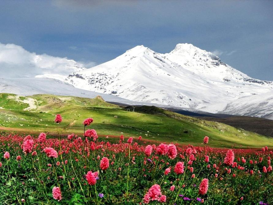 Гора Эльбрус - самые красивые места России