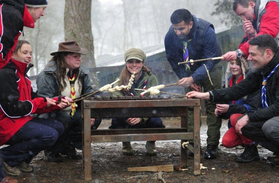 Герцогиня Кейт в лагере скаутов