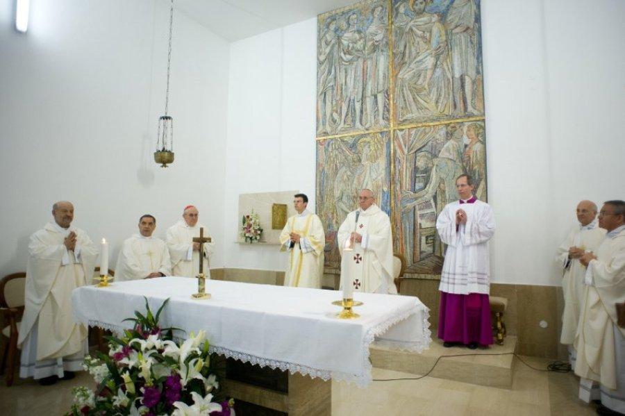 Папа Франциск в тюрьме Casal del Marmo