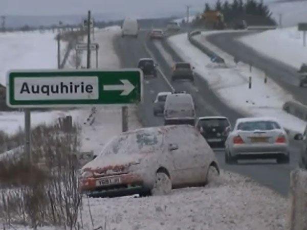 весенние снегопады в Европе
