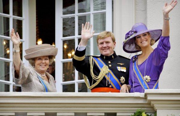 Королева Беатрикс, принц Виллем-Александр и принцесса Максима