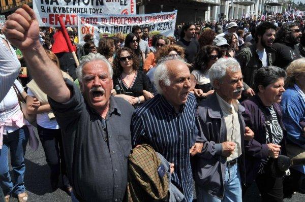 Германия должна Греции репарации за войну