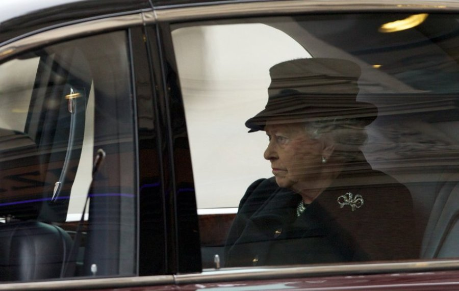 На похоронах присутствовала королева Елизавета