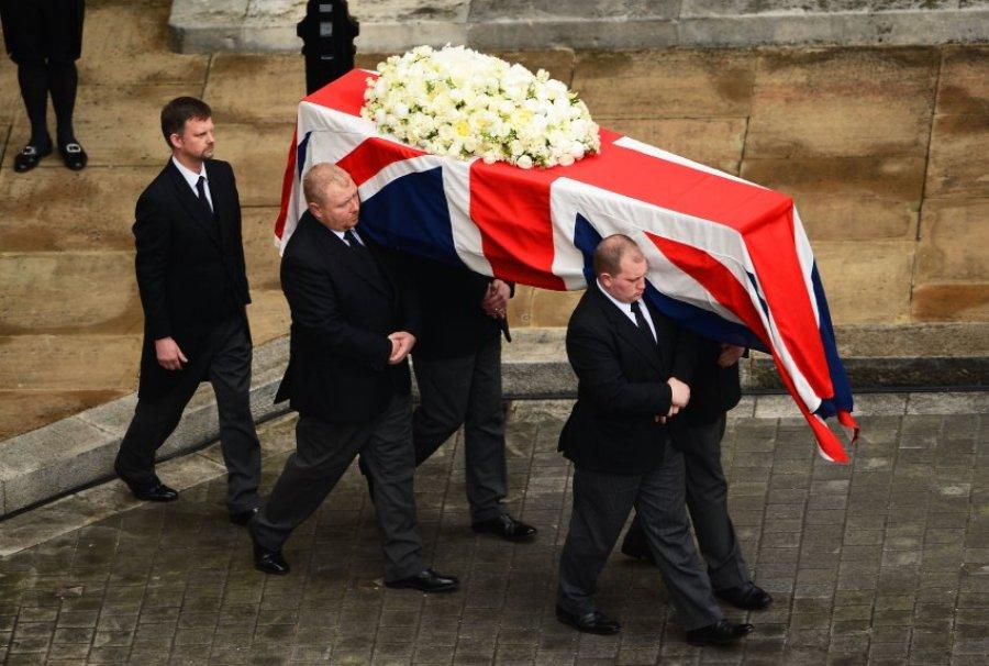 Похороны были отнесены к категории церемониальных с воинскими почестями