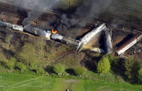 В Бельгии сошел с рельс поезд