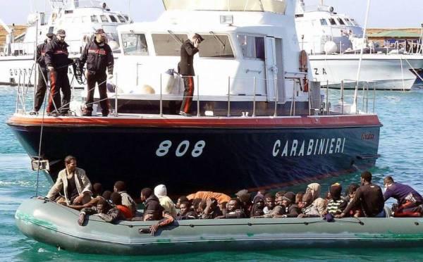 Германия хочет вернуть Италии беженцев из Северной Африки