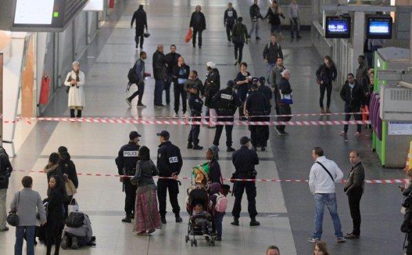 Нападение на солдата в Париже