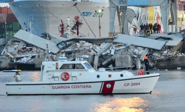 Трагедия в порту Генуи