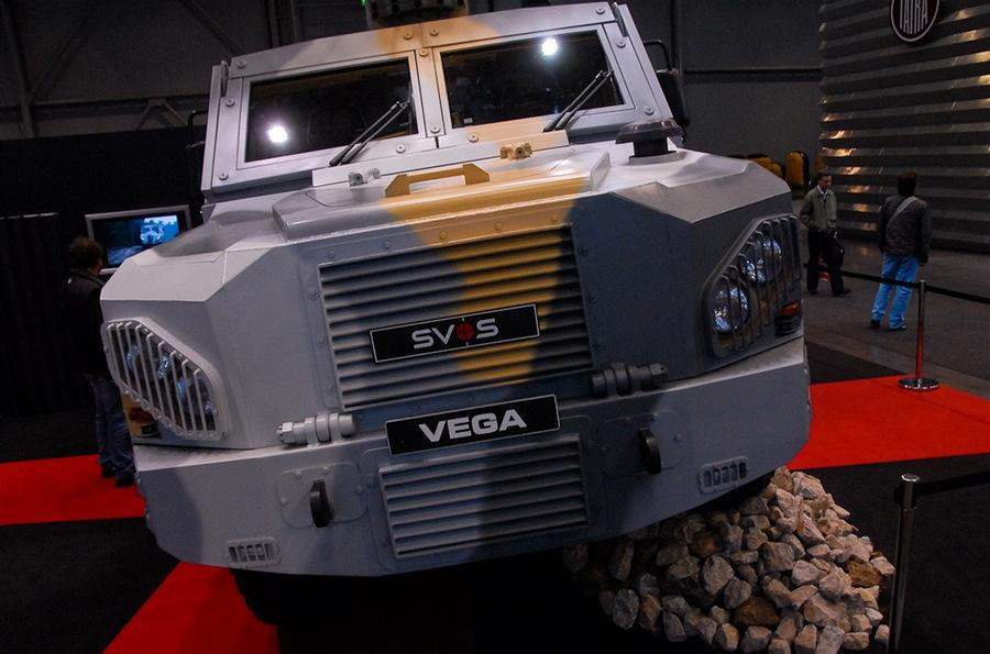 многоцелевой колесный бронированный автомобиль VEGA