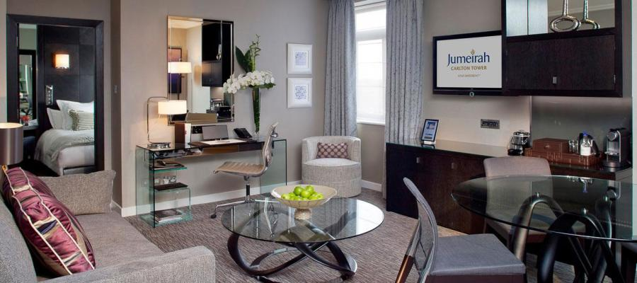 Отель Jumeirah Carlton Tower в Лондоне
