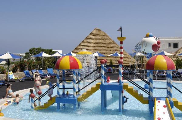 Nana Beach5*