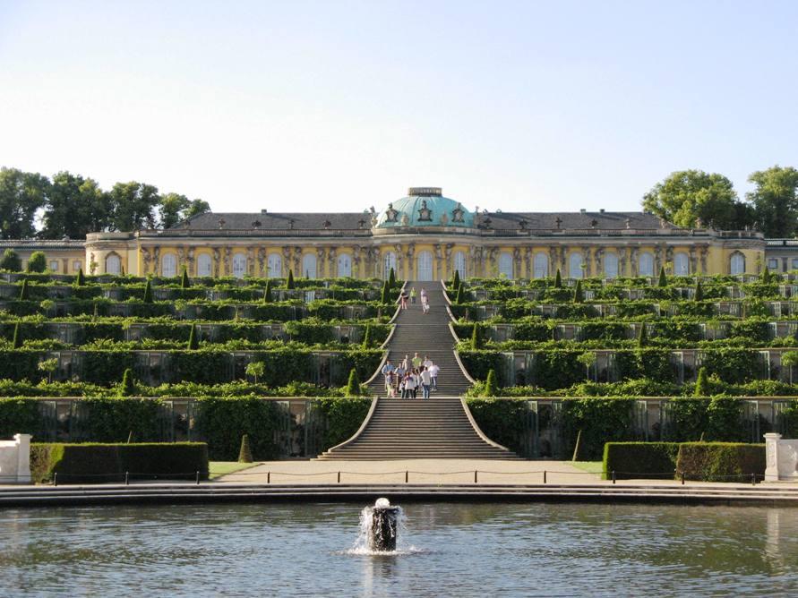 Достопримечательности Германии, Потсдам, дворец Сан-Суси