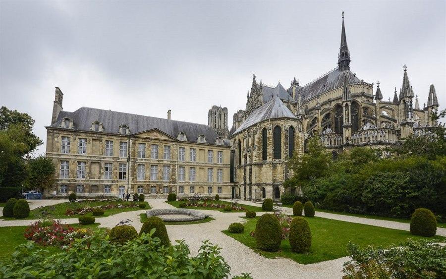 Достопримечательности Франции: Кафедральный собор в Реймсе
