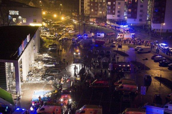 В рижском супермаркете обрушилась крыша