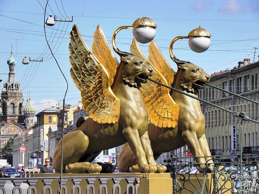 Достопримечательности Санкт-Петербурга, Банковский мост