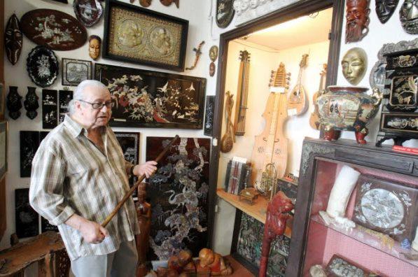 Музей необычных вещей в городе Лореоль