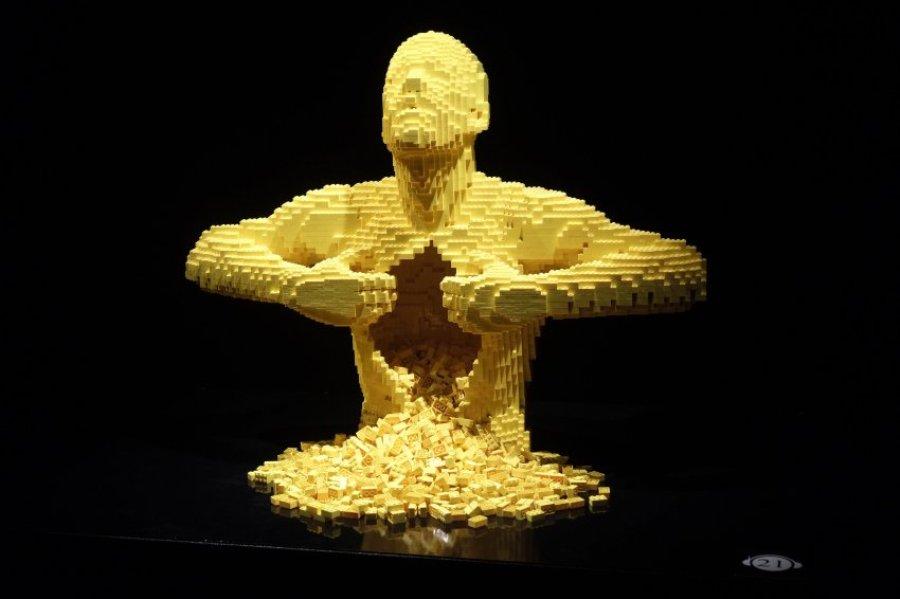 Скульптуры Натана Савайи