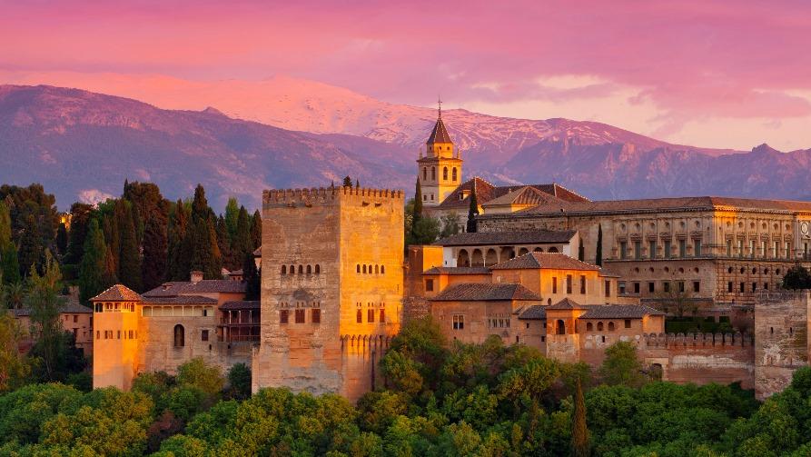 Достопримечательности Испании, Альгамбра в Гранаде