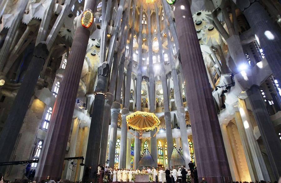 Самые красивые места испании, Собор Святого Семейства в Барселоне