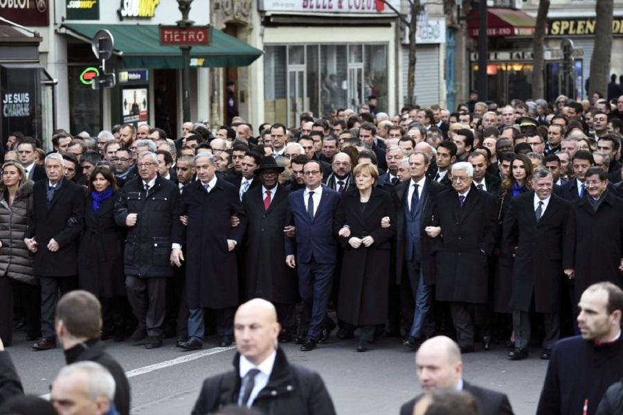 """""""Марш"""" политиков в Париже"""