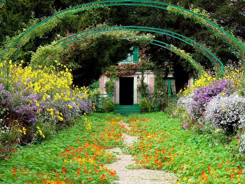 Самые красивые места Франции, сад и дом Клода Моне