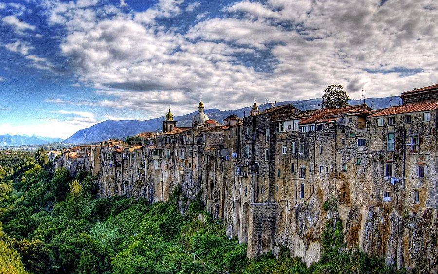 Самые красивые места Италии, Сант`Агата де`Готи