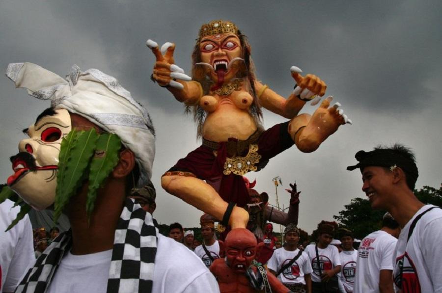 Парад злых духов